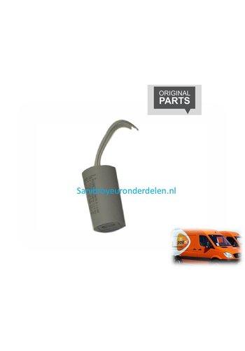 Sanibroyeur  CO100110 Condensator 8 uf
