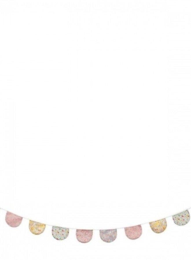 Meri Meri Liberty vlaggenlijn scallop