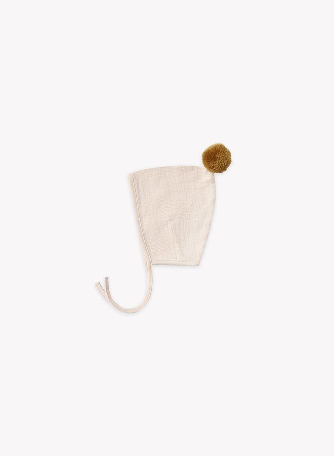 Quincy Mae pompom pixie bonnet pebble