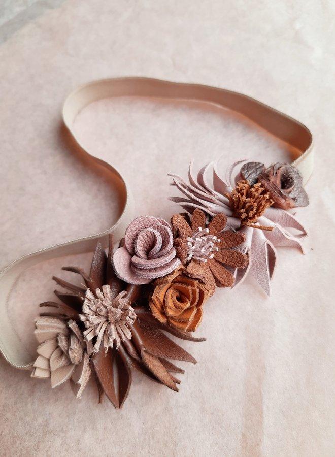 Atelier Ovive Wild flower head band nude palette