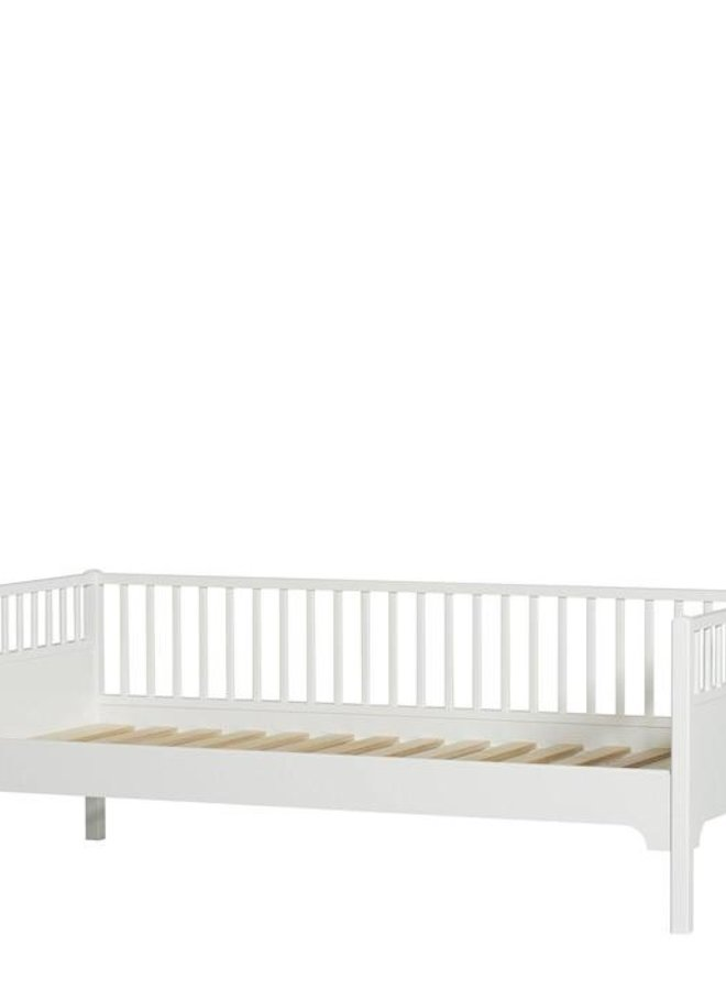 Oliver Furniture Seaside Classic Daybed