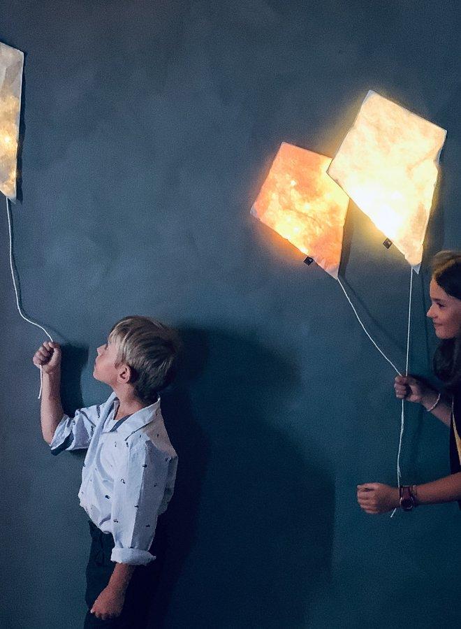 Ekaterina Galera lighting kite white S