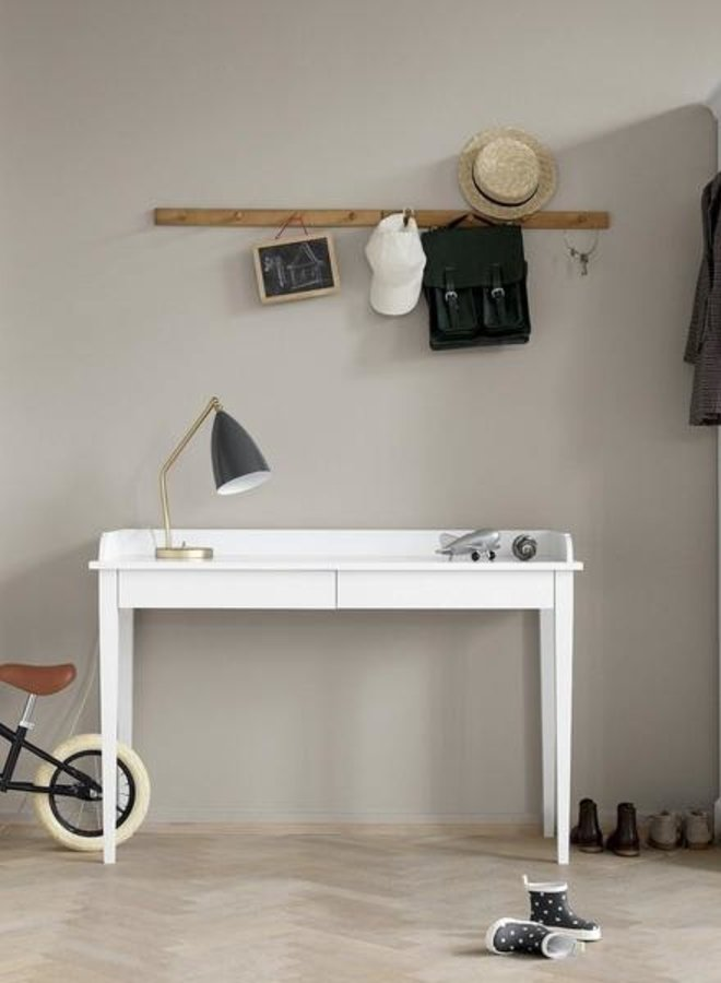 Oliver Furniture seaside console table white