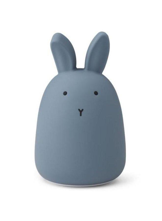 Liewood nachtlampje winston rabbit stormy blue