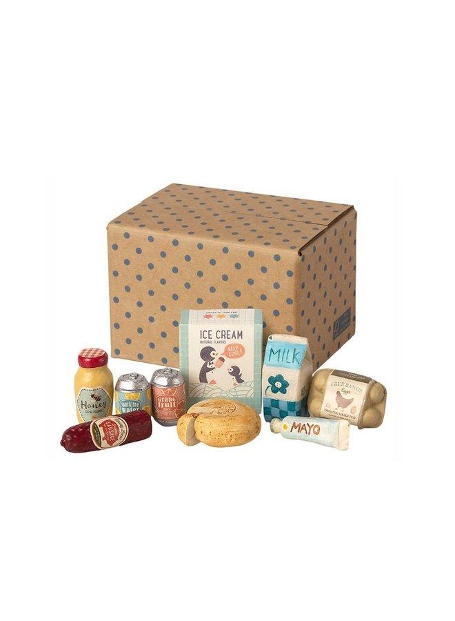 Maileg miniature grocery box