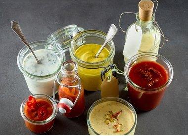 Saucen, Ketchup, Senf & Mayonaise