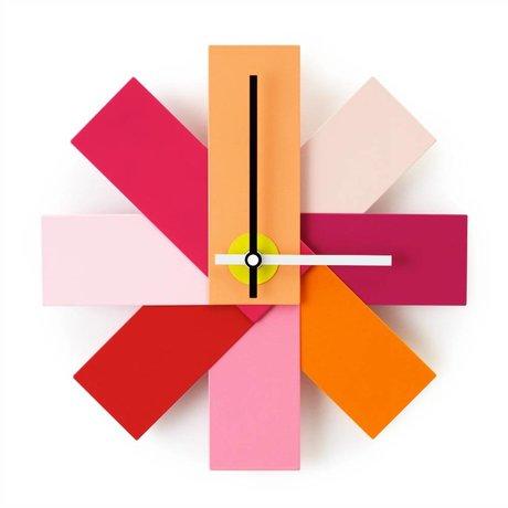 Normann Copenhagen Klok Watch me roze aluminium ø28,5cm