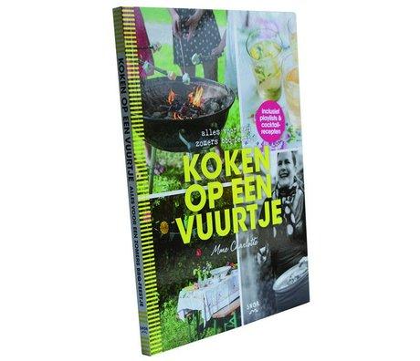 Uitgeverij Snor Boek koken op een vuurtje multicolour papier 1,1x24x17,2cm