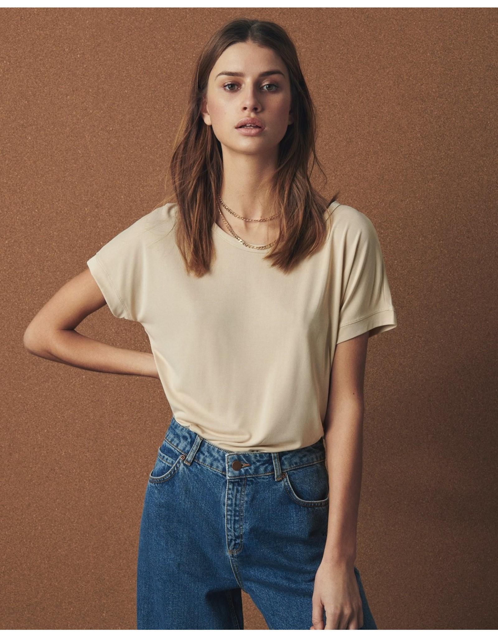 Moss Copenhagen - MSCH Shirt - modal tee Fenya - oatmeal