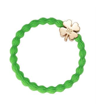 ByEloise ByEloise : Groene armband met gouden klavertje vier