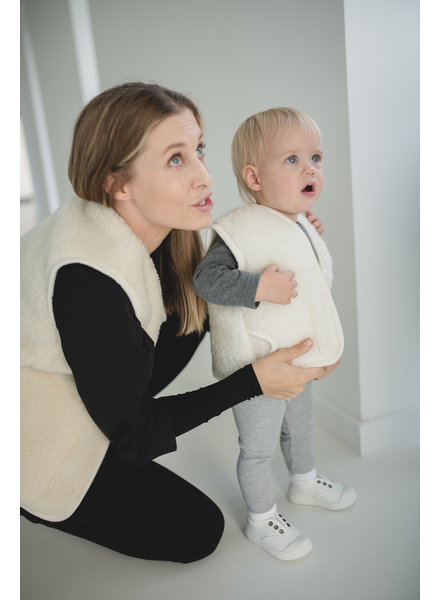 A Baby Brand Wool vest MAMA