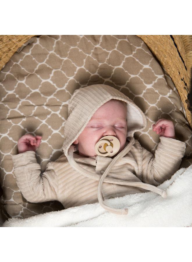 Babymutsje 6-12 mnd Corduroy Sand