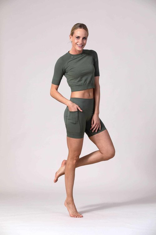 AMARANTE Short AMARANTE Dusty Green