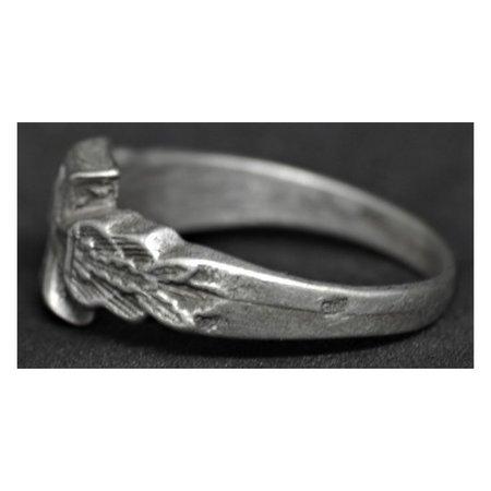 WOI ijzeren kruis ring