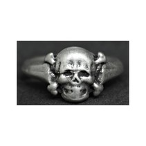 small totenkopf ring