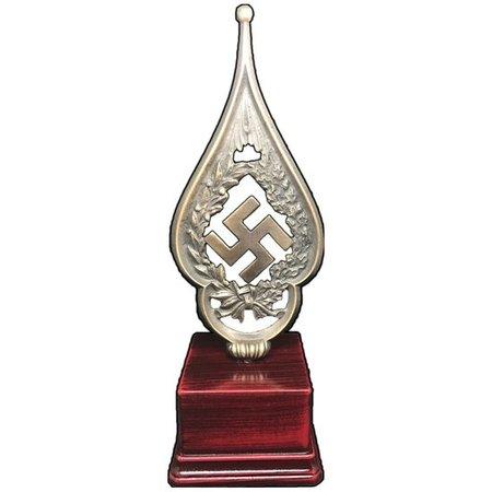 Fahnenspitze swastika