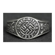 Adolf Hitler ring