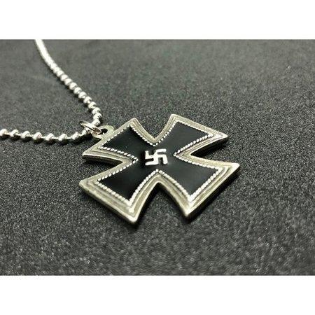 IJzeren kruis swastika ketting