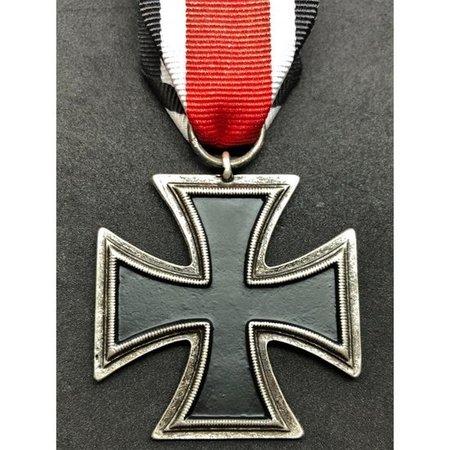 SS iron cross medal