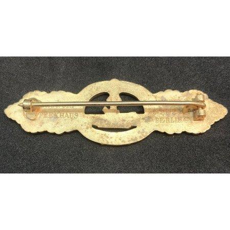 U-boot borstbadge goud