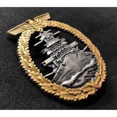 Zee vloot oorlogs badge