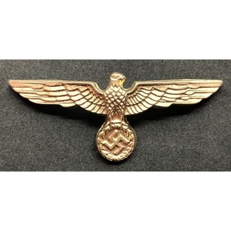 Wehrmacht eagle cap badge gold