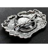 Eikenbladeren krans met kokarde pet badge zilver