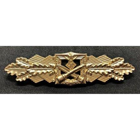 Close combat borstbadge goud