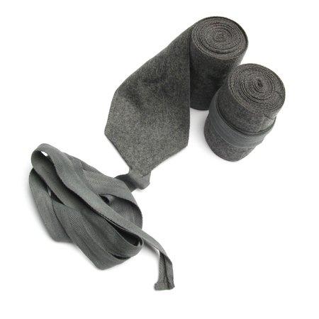 Steengrijs beenwindsels(wickelgamaschen)
