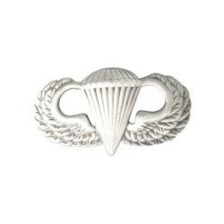 U.S. Army paratrooper badge