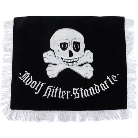 SS 1st Leibstandarte` Adolf Hitler` banier hand genaaid