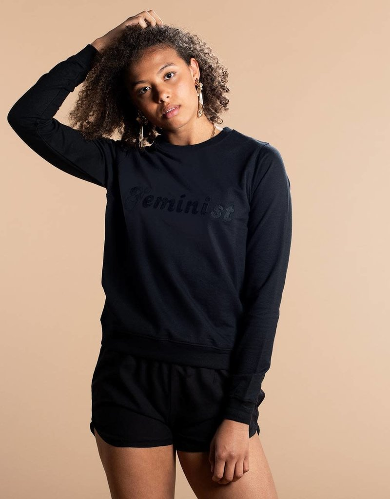 Dedicated Ystad Feminist Black