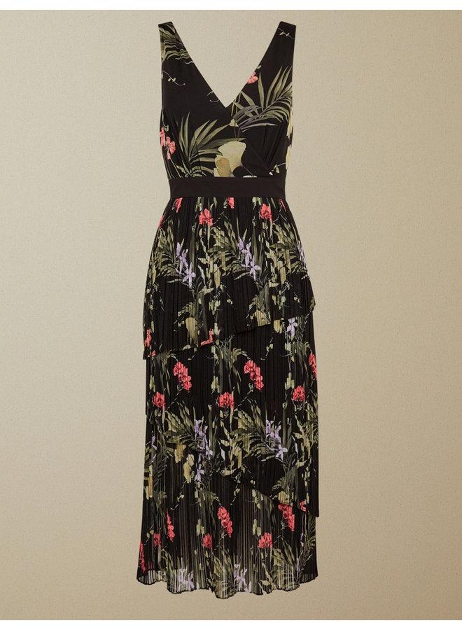 Highland Tiered Pleated Midi Dress black