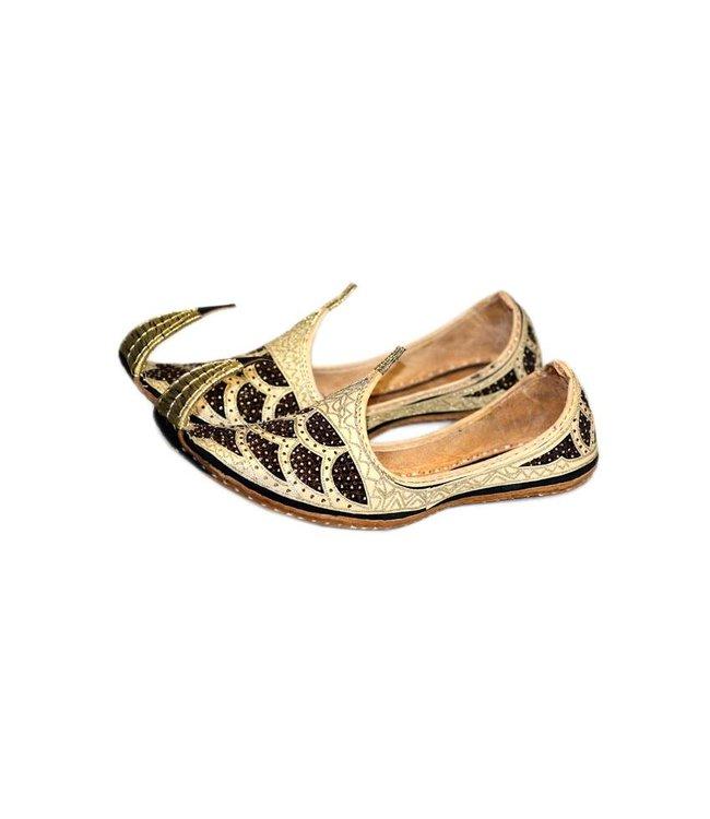 Indian beak shoes - Men Khussa in Gold Black