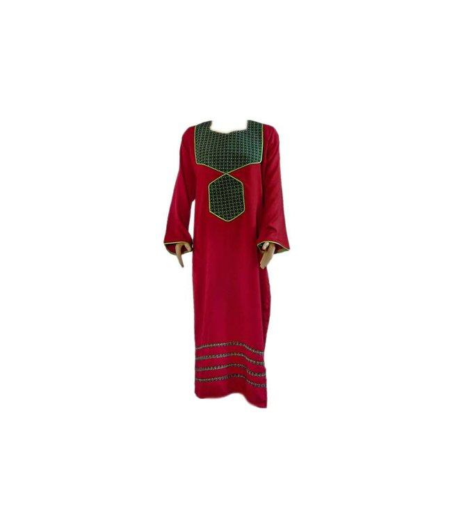 Arab Jilbab Caftan in burgundy with applique