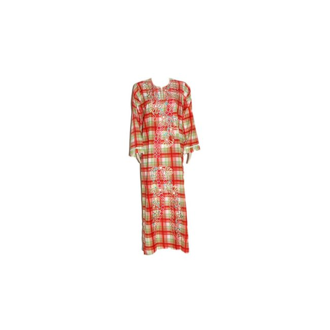 Arab caftan with check pattern