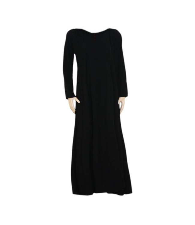 Closed Abaya coat with embroidery in black