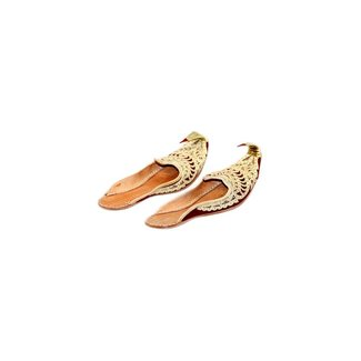 Indian Khussa shoes in Gold Red