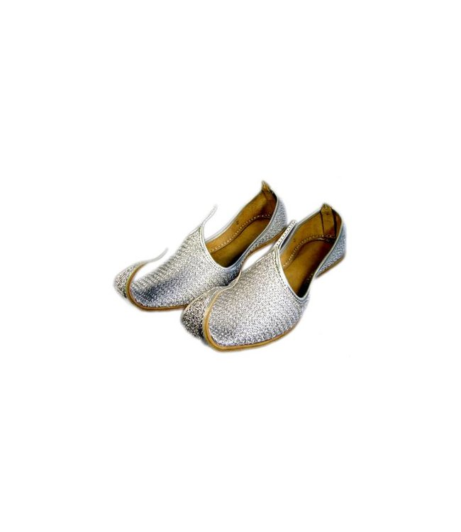 Traditional Khussa for women with embroidery - Silber