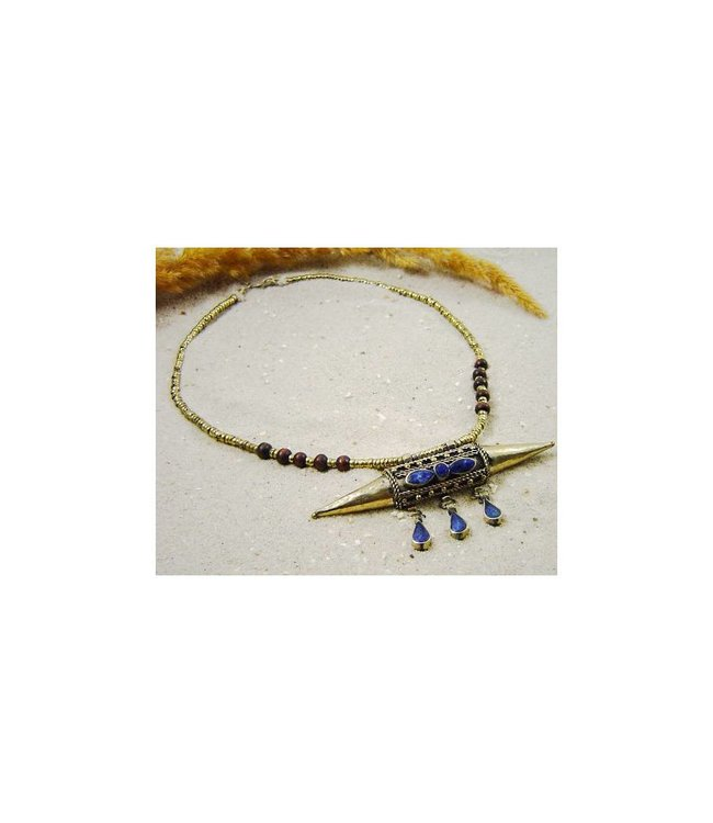 Tribal necklace with pendant 48cm