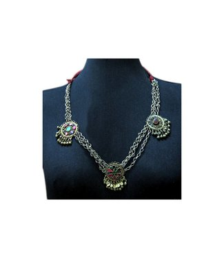Tribal necklace with pendants