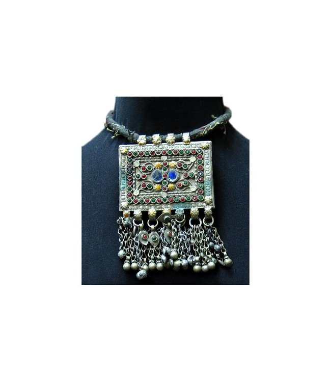 Tribal necklace with big pendant