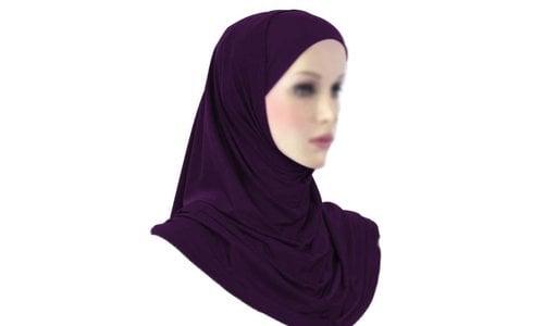 Amira & Triangle Hijab