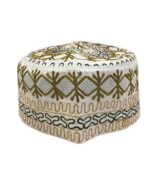 Afrikanische Mütze mit Stickerei