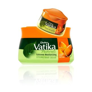 Vatika Vatika Naturals Extreme Moisturizing Styling Hair Cream (140ml)