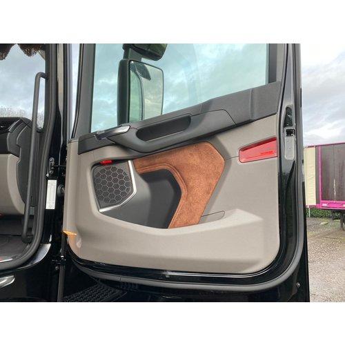 BUFFL Türverkleidungen (Scania)