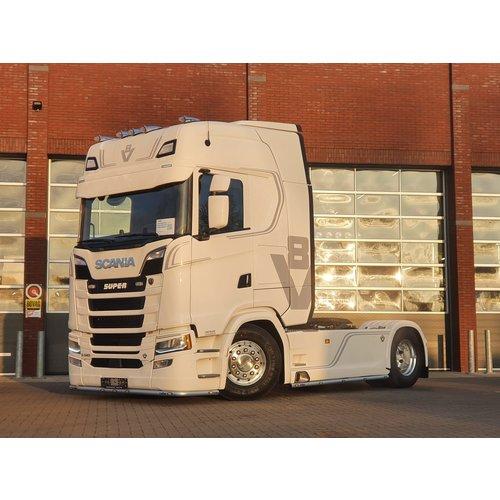 BUFFL Coles Custom zonneklep Scania Next Gen
