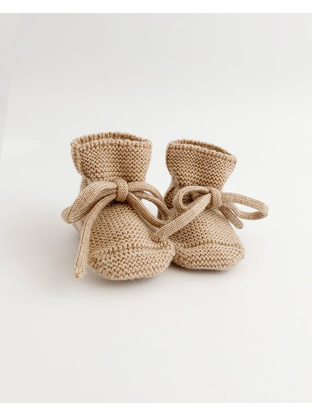 Hvid Fine Knitted Merino Booties - Sand
