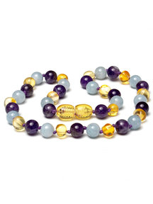 Amber Amber Baby Necklace with Gemstones 32 cm - Amethyst/Aquamarine