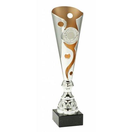Trofee zilver met mat goud accent.